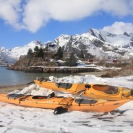 Kayaking in Kabelvag